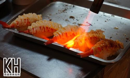 《將太壽司》現場炙燒起司蝦握壽司