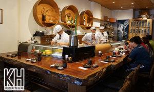 《義郎創作壽司》吧檯與認真的師傅們