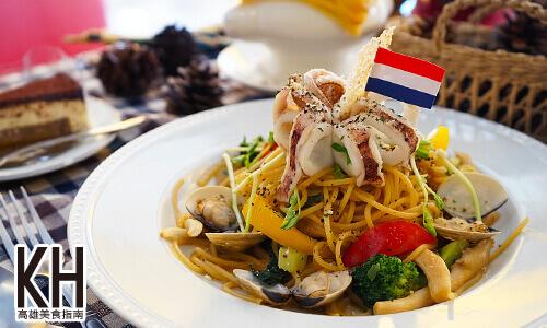 《拉斐爾廚坊》清炒小卷蛤蜊義大利麵