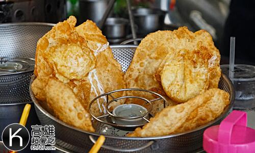 《羊角村炸彈蔥油餅》炸的金黃酥脆