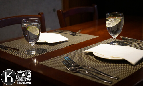《A-STEAK》高級舒適用餐環境